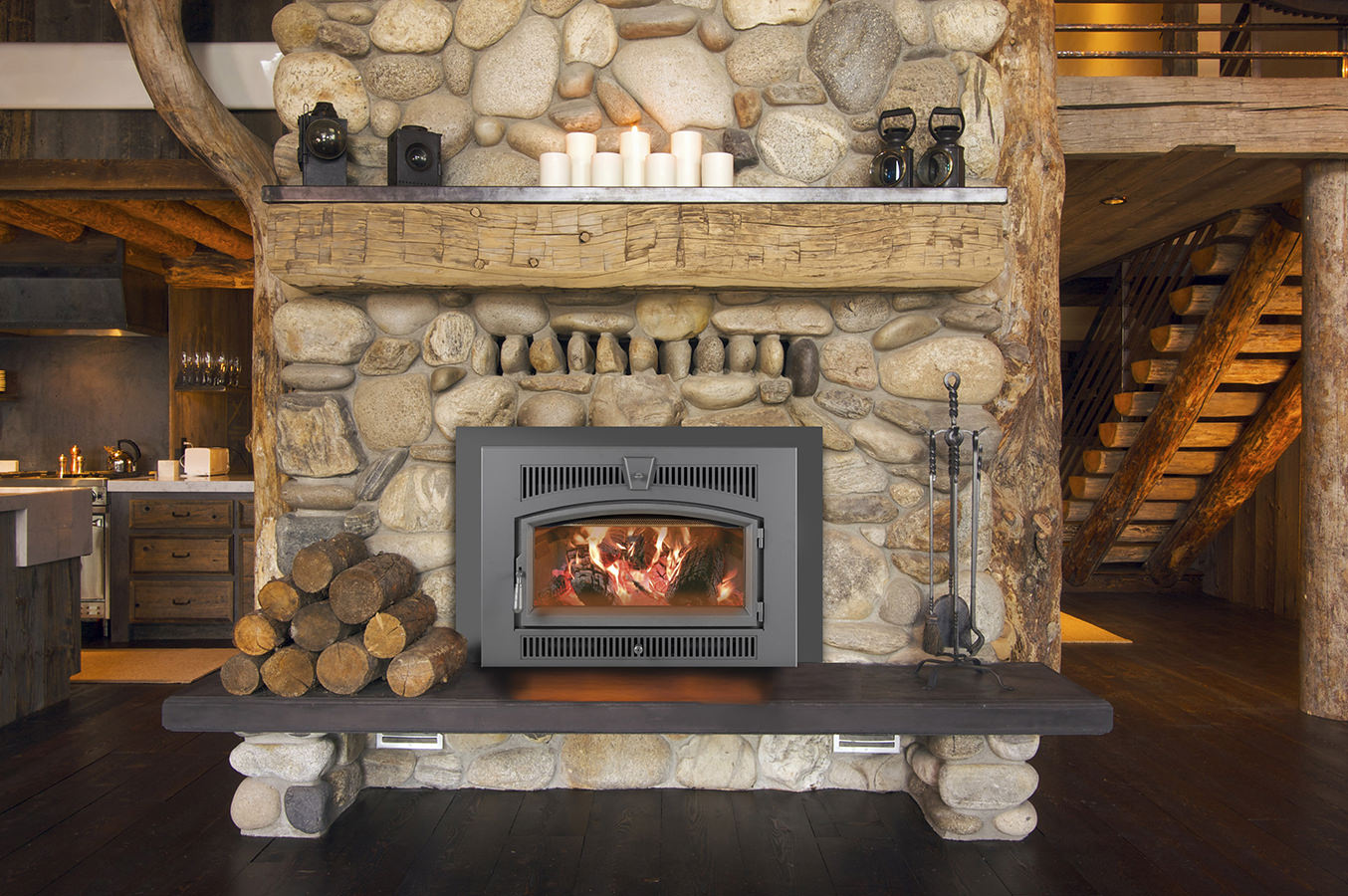 The Lopi Large Flush Hybrid-Fyre wood insert is capable of heating up to 2
