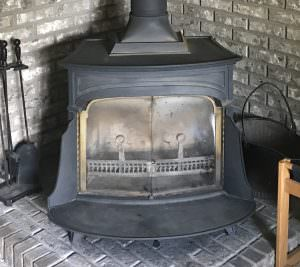 Old Wood Stove that needs to be replaced