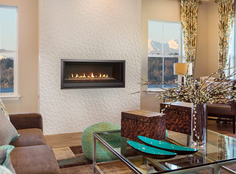 Fireplace Xtrordinair FPX_LINEAR PRO BUILDER GAS FIREPLACE INSET IN WHITE WALL