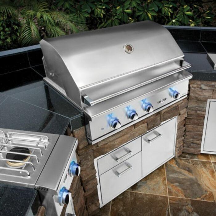 Delta Heat Outdoor Kitchen 3pm 1